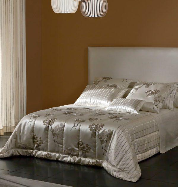 couvre lit cali candi michel viaud couturier de la maison. Black Bedroom Furniture Sets. Home Design Ideas