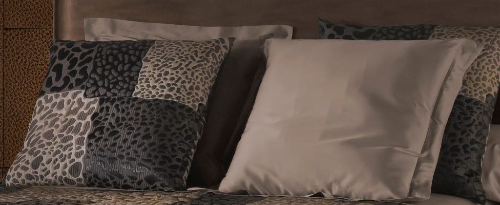 housse d oreiller guepard michel viaud couturier de la. Black Bedroom Furniture Sets. Home Design Ideas